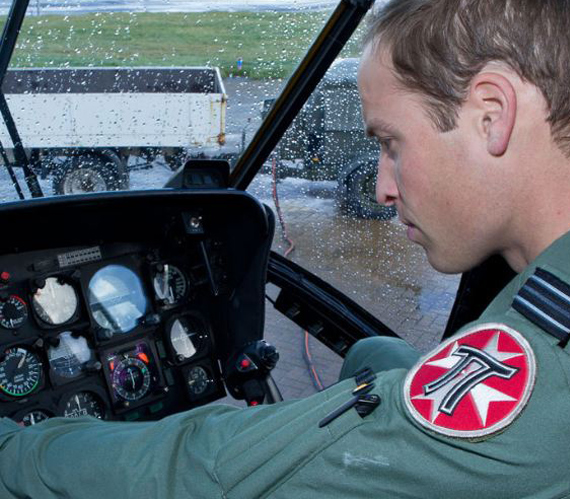 A herceg 24 órás szolgálatban dolgozik, és sűrűn gyakorlatoznak is.