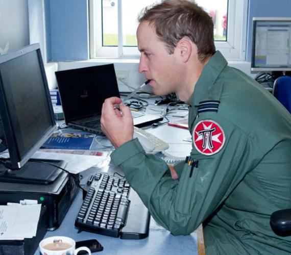 Vilmos rajong a számítógépes játékokért, kedvence a Call of Duty.