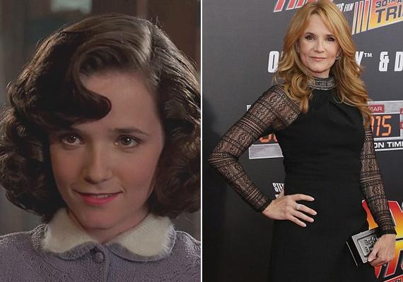 A színésznő idén lett 54 éves, de még mindig fantasztikusan néz ki, a 30 év alatt alig változott valamit.