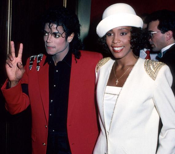 Két legendás popzenész: Whitney Houston és Michael Jackson baráti viszonyban álltak egymással.