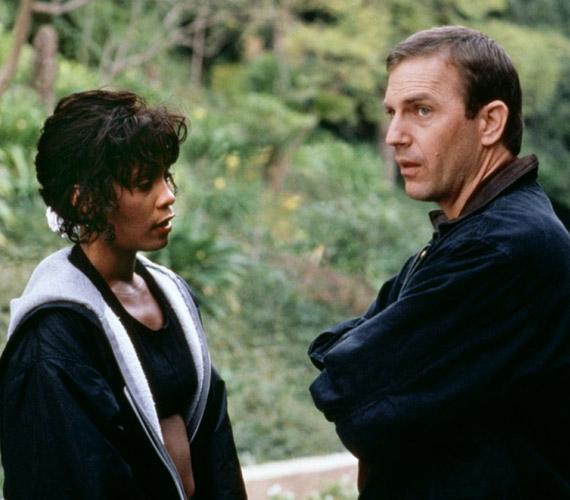 Színésznőként is kipróbálhatta magát, filmjei közül kétségtelenül az 1992-es Több mint testőr volt a legemlékezetesebb, amelyben Kevin Costner partnereként láthatták a rajongók.