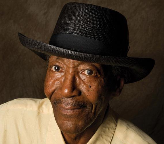 """Willie """"Big Eyes"""" Smith több mint félévszázados karrierje során a blues műfajának egyik megkerülhetetlen képviselője lett."""