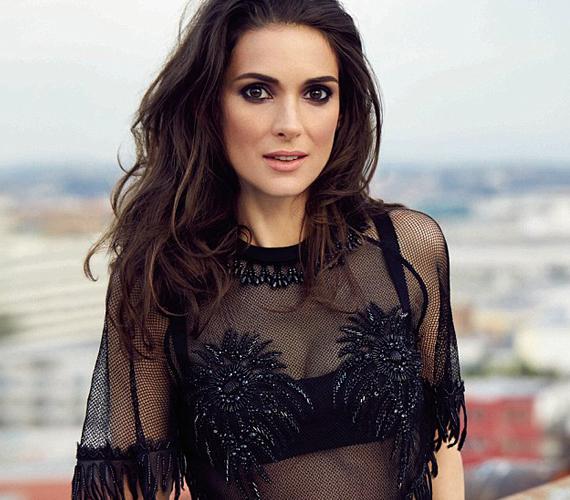A színésznő azt nyilatkozta, azért sem szeretné megműttetni magát, mert már érettebb szerepeket akar.