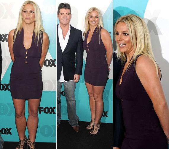 Britney Spears régi szexi formáját mutatta ebben a testhezálló, lila miniruhában és a pántos, magas sarkú szandálban.