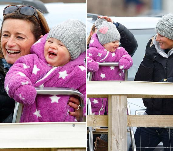 Az egyéves Mia Tindall nagyon élvezi a lóversenyeket, ebben a lila ruhában pedig kifejezetten cuki.